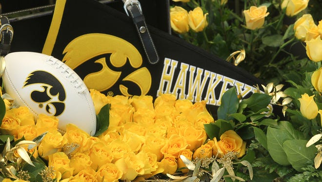 The 4,300 yellow roses were delivered by Hy-Vee as a congratulatory gesture for Iowa?s appearance in the Rose Bowl on Jan. 1 against Stanford. Rose bouquets are placed inside the University of Iowa Stew and LeNore Hansen Football Performance Center on Monday, Dec. 7, 2015. The 4,300 yellow roses were delivered by Hy-Vee as a congratulatory gesture for Iowa's invitation to the Rose Bowl.