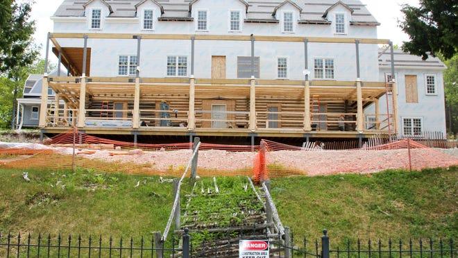 Move Over Grand Hotel Resort Hotel Add Choice To Mackinac