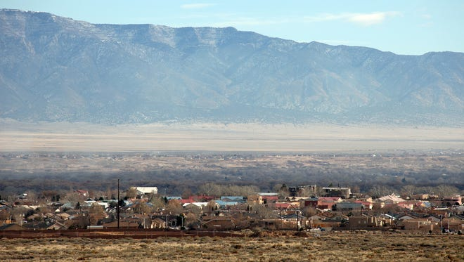 Los Lunas, New Mexico is located in the northern part of the state, 25 miles south of Albuquerque.