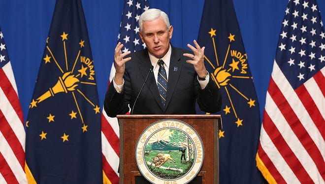 Vice president-elect Mike Pence welcomes fourth graders from across Indiana during Statehood Day and the bicentennial celebration at the Indiana Statehouse, Indianapolis, Friday, Dec. 9, 2016.