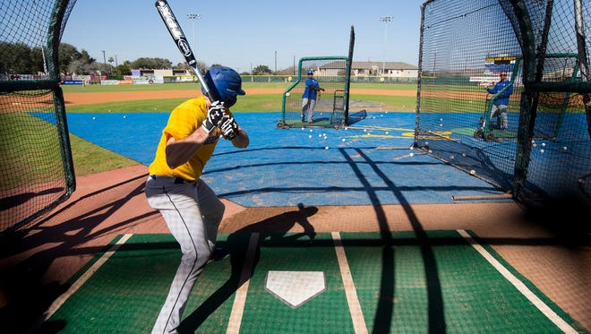 Texas A&M-Kingsville's Christian Caudle bats during practice at Nolan Ryan Field baseball complex on Texas A&M-Kingsville campus on Tuesday, Jan. 28, 2017.
