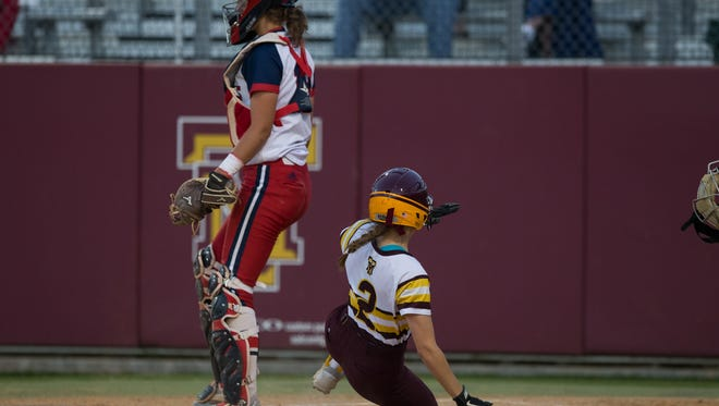 Tuloso-Midway's Brisa Perez during the third inning of their game against Veterans Memorial at Tuloso-Midway High School on Tuesday, March 21, 2017.