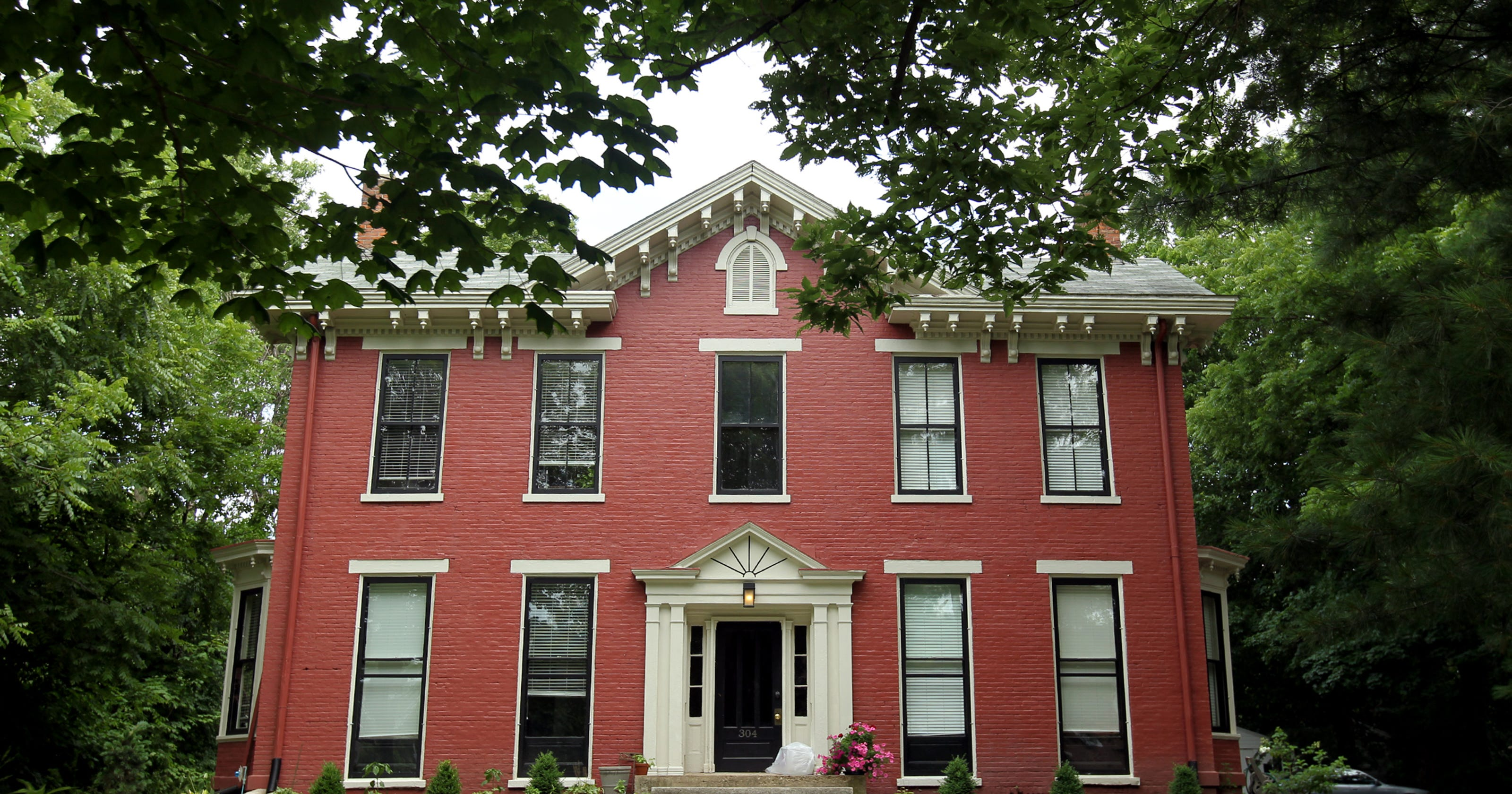 Restoration Revives Historic Iowa City Homes