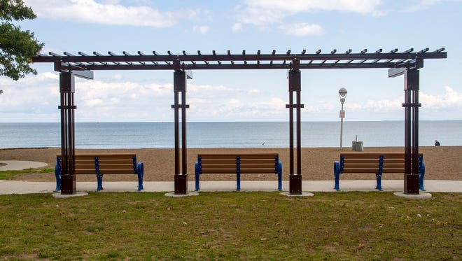 The benches at Lakeside Park are empty on a blustery afternoon this week. For the second year in a row, officials said Lakeside and Lighthouse parks saw an increase in revenue and expenses to cover additional costs as a result of an extension of parking rates.