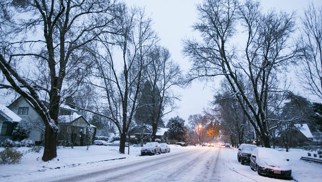 Salem is expected to see a few inches of snow Tuesday night and into Wednesday.