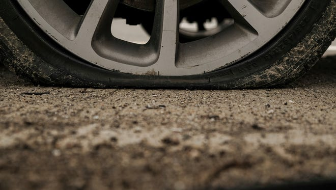 St. Landry good Samaritans helped an elderly couple change their flat tire -- and more.