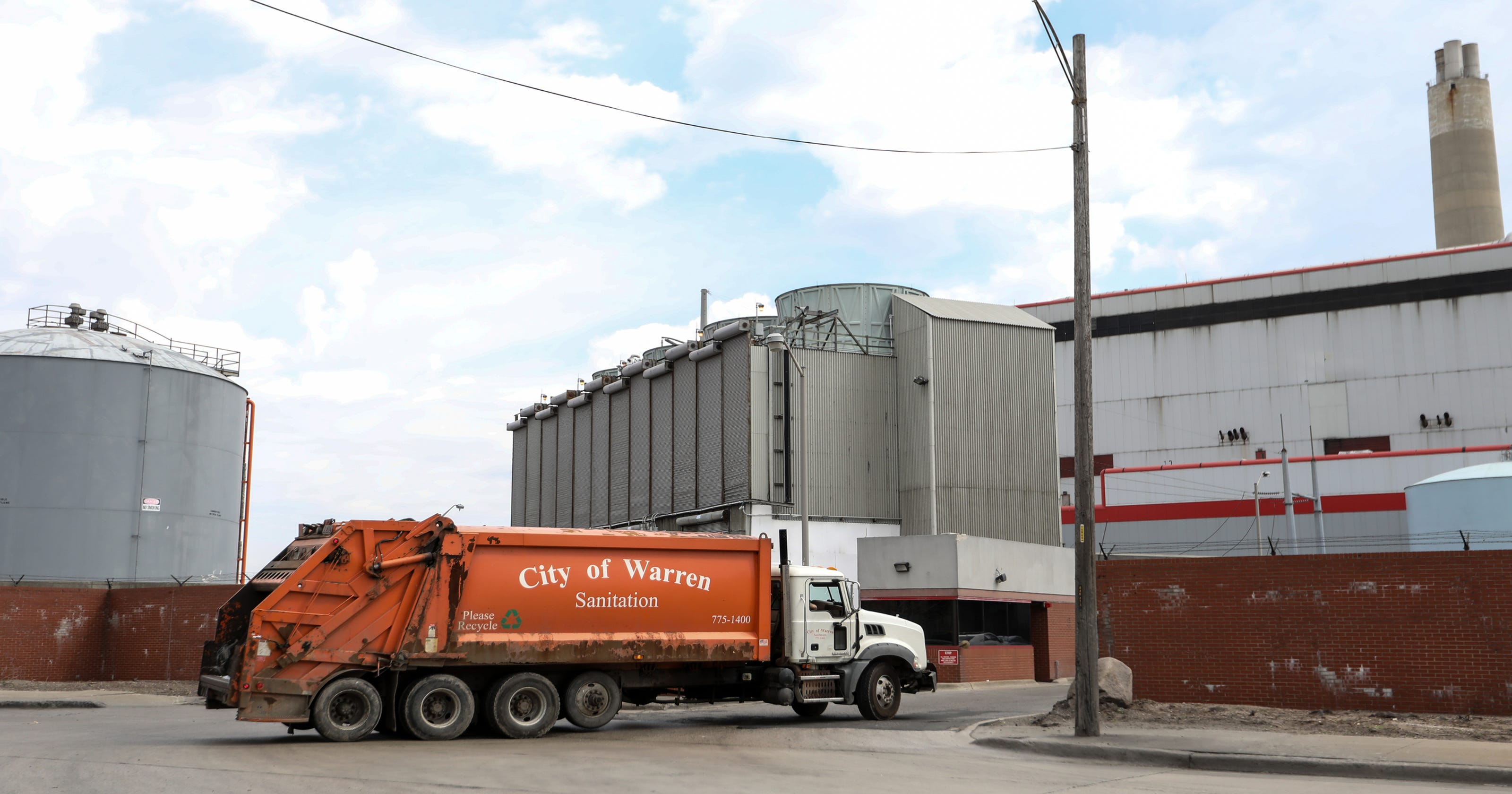 Incinerator often over the limit on pollution, where's DEQ?