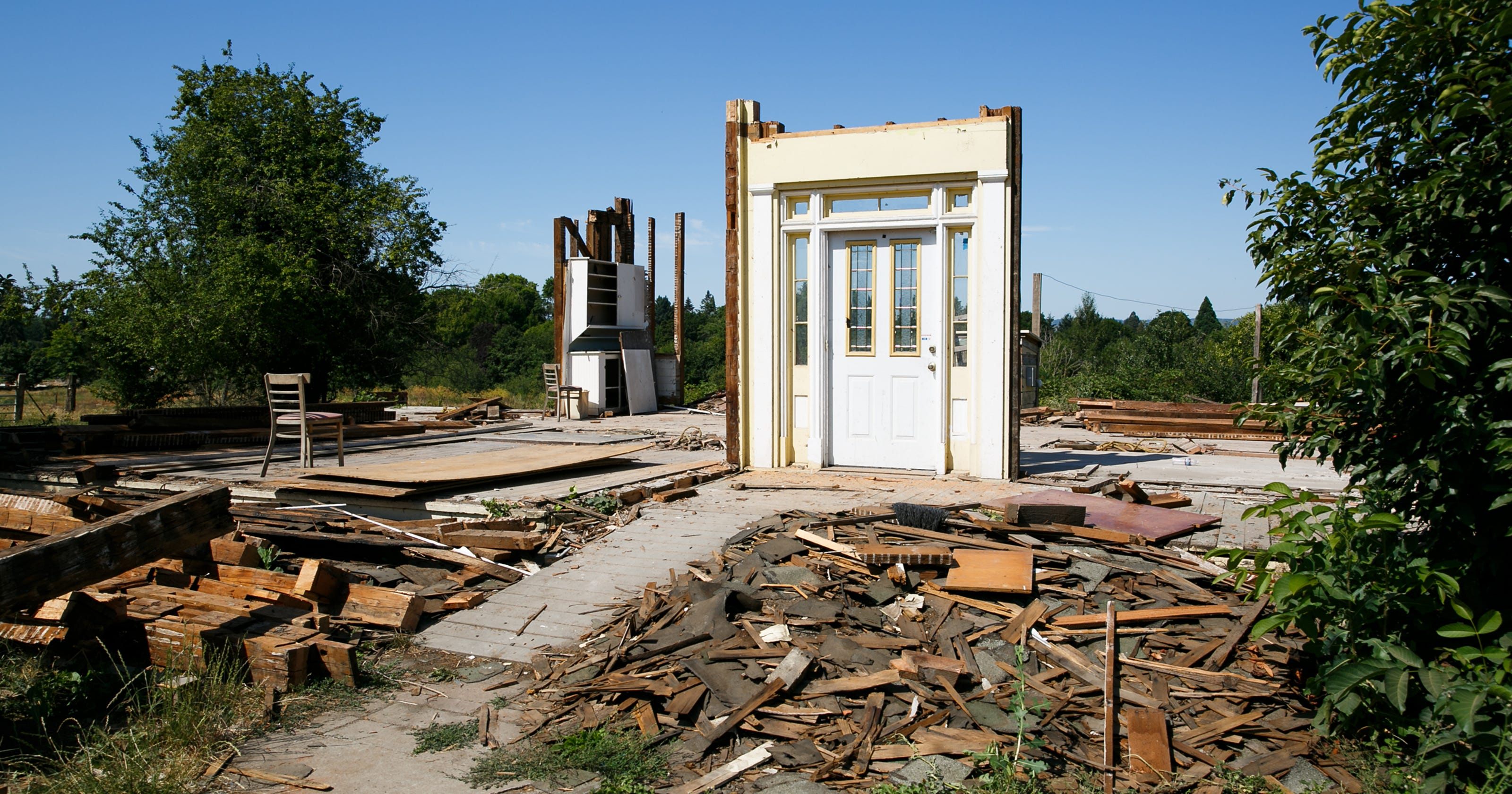 Historic Keizer farmhouse, at least 143 years old, is torn down
