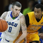 """FGCU basketball: """"family"""" helps Comer through anniversary of father's death"""