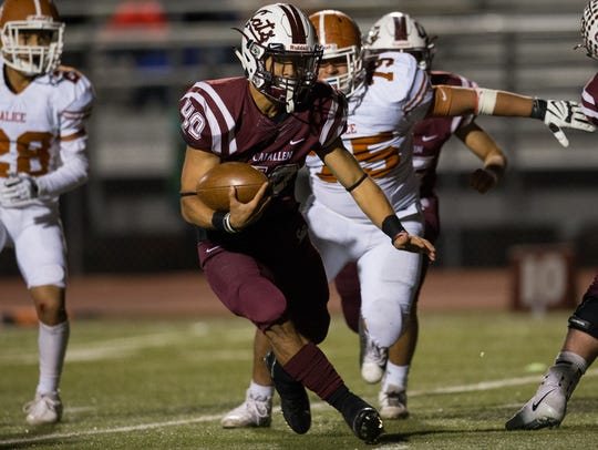 Calallen's Alec Brown runs the ball for a touchdown