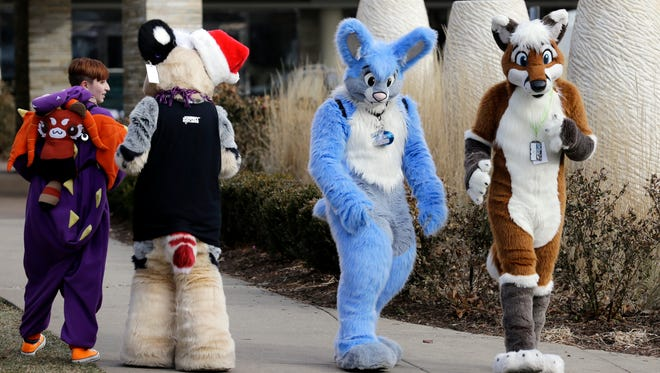 Thousands of people were evacuated after a chlorine gas leak at the 2014 Midwest FurFest convention, where attendees dress as animals.