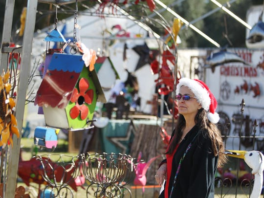 Vendors filled the North Florida Fairgrounds last weekend for the annual Market Days arts and crafts show. Residents bought ornaments, art, pottery and other unique items from crafters from across the country. The annual event was a fundraiser for Tallahassee Museum and drew hundreds of people.