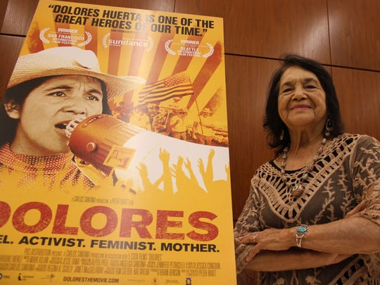 """La vida de la activista Dolores Huerta es objeto ahora del documental """"Dolores"""" que se estrenó el año pasado."""