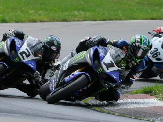 MNCO Superbike preview, action