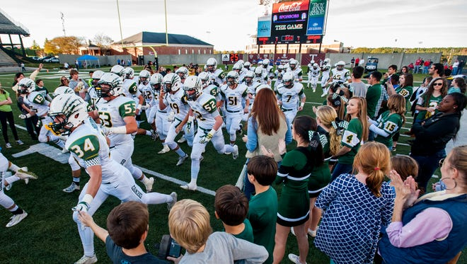 Edgewood take the field against Marengo at the AISA State Championships in Troy, Ala. on Friday November 20, 2015.