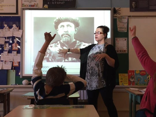 Students in Lisa Liebold's fifth-grade class at Longfellow