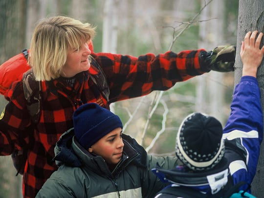 Sue Morse of Jericho and Young Conservationists in training.