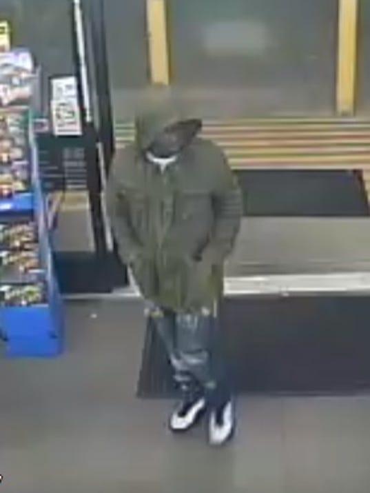 636452174948974619-dollar-general-suspect.jpg