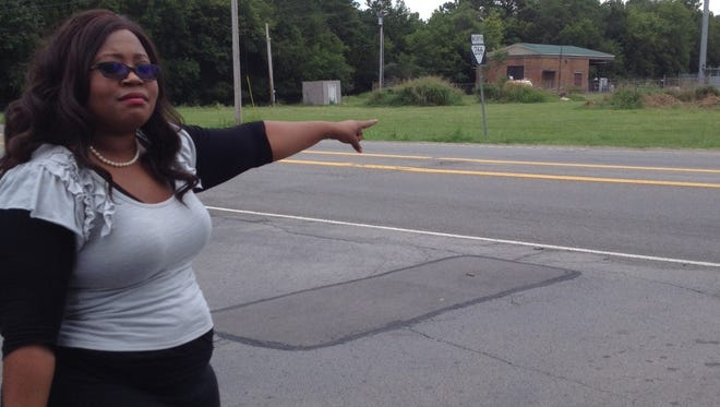 Candice O'Neil shows where her children are again being dropped off on Jefferson Pike, She said it's the same place they were dropped last year.