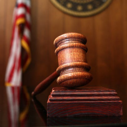 Mail carrier pleads guilty to stealing veterans' prescriptions