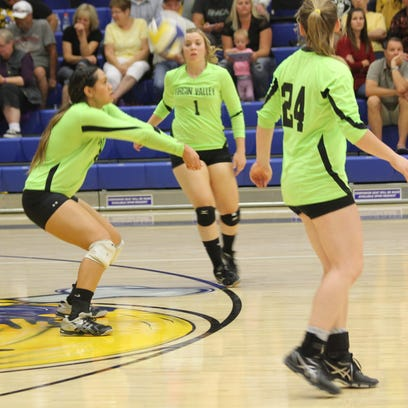Prep volleyball: Virgin Valley splits two matches