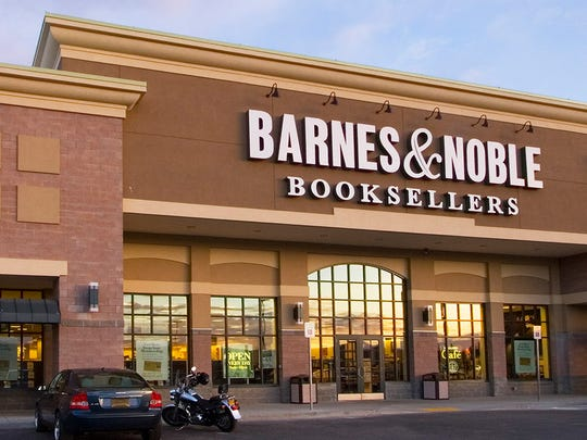 The exterior of a Barnes & Noble store