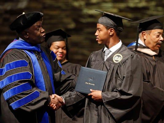 AP_The_Graduates