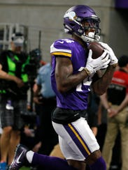 Minnesota Vikings wide receiver Stefon Diggs catches