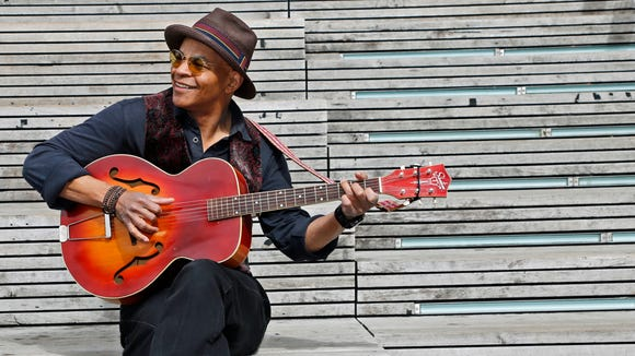 Blues musician Guy Davis