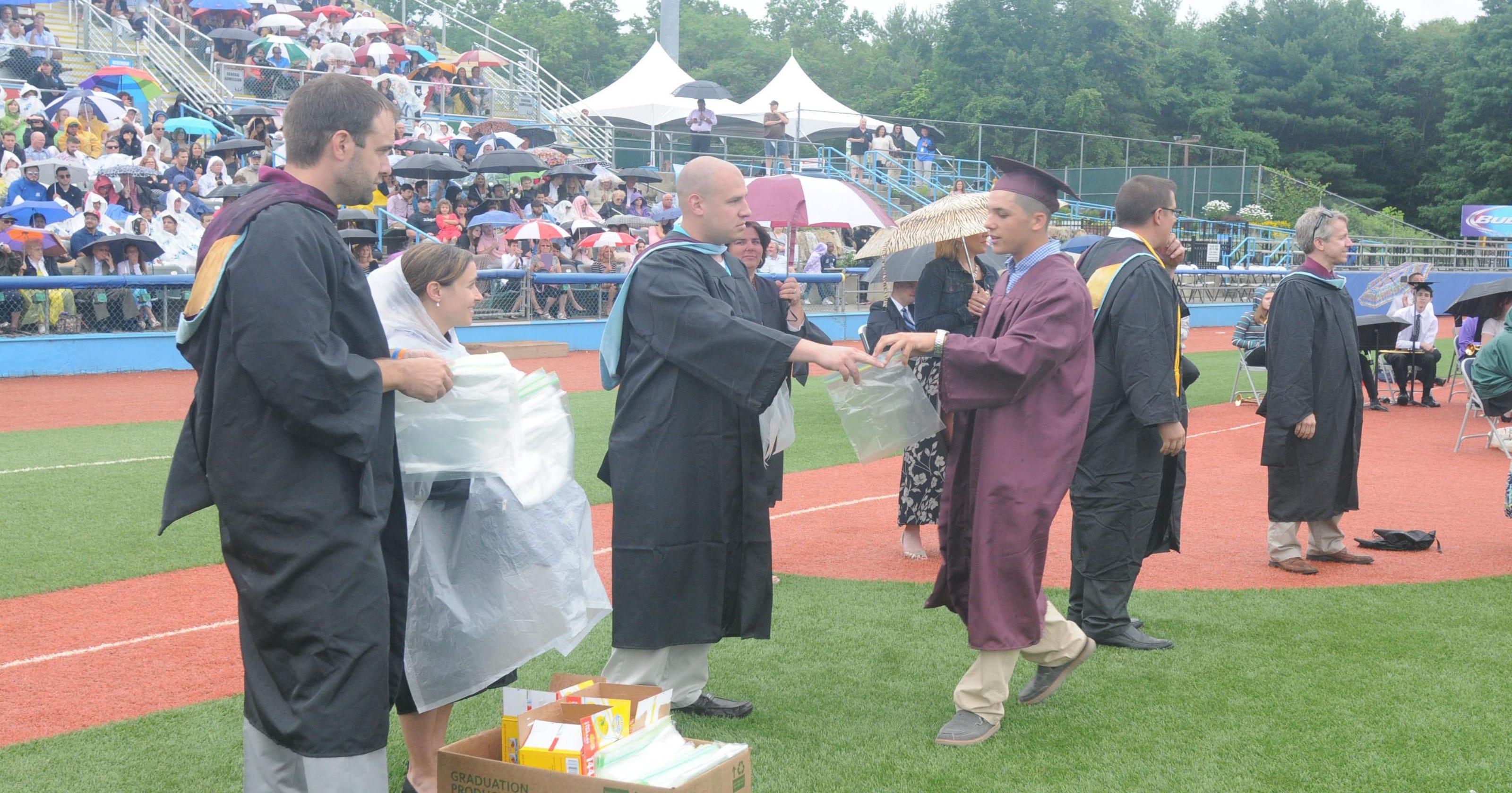 Arlington High School graduation candidates