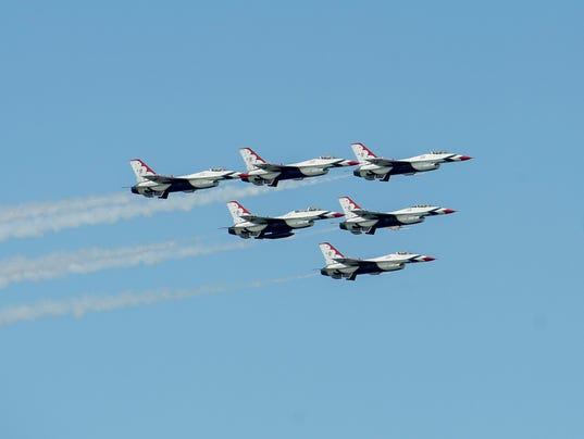 -le- OC Air Show 2725.jpg_20140625.jpg