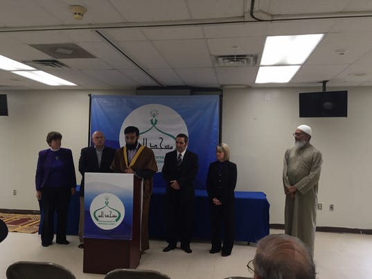 woodbridge muslim Warning this web page may contain links to one or more websites outside the pwcs network, which are not pwcs venues and may not reflect the views or opinions of pwcs.