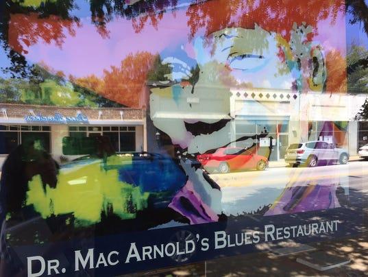 636391842706330164-Mac-Arnold-s-Blues-Restaurant-outside-close-up.jpg