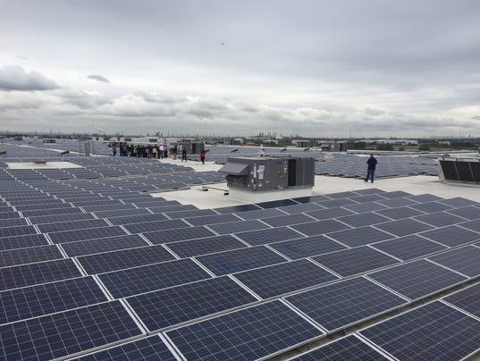 amazon-solar-panels.jpg