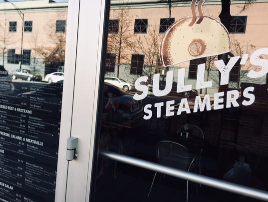 636505884518168000-Sully-s-Steamers-door.jpg