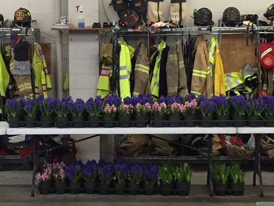 lebanon-fire-department-flower-sale-2018