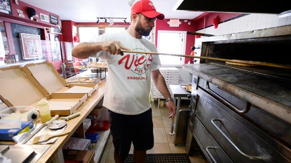 "Vic's Pizza in downtown Greenville has launched a ""Smackdown on Hunger,"" The shop has committed to donating two pizzas every Thursday to Miracle Hill ministries, and is encouraging other pizzerias to do the same."