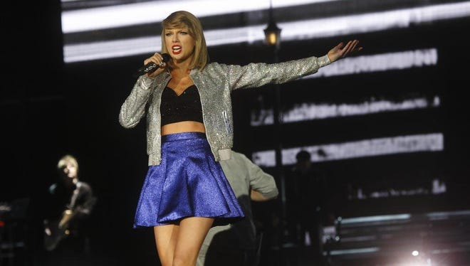 Blackburn Black Hold Fundraisers At Taylor Swift Concert
