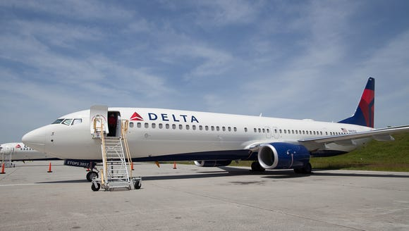 A Delta Air Lines Boeing 737-900, fresh from the factory