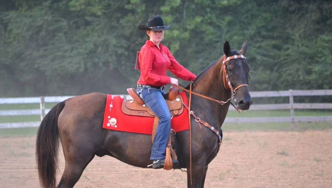 Shannon Pitts competes at a Horse Show sponsored by the Stewart County Riding Club.