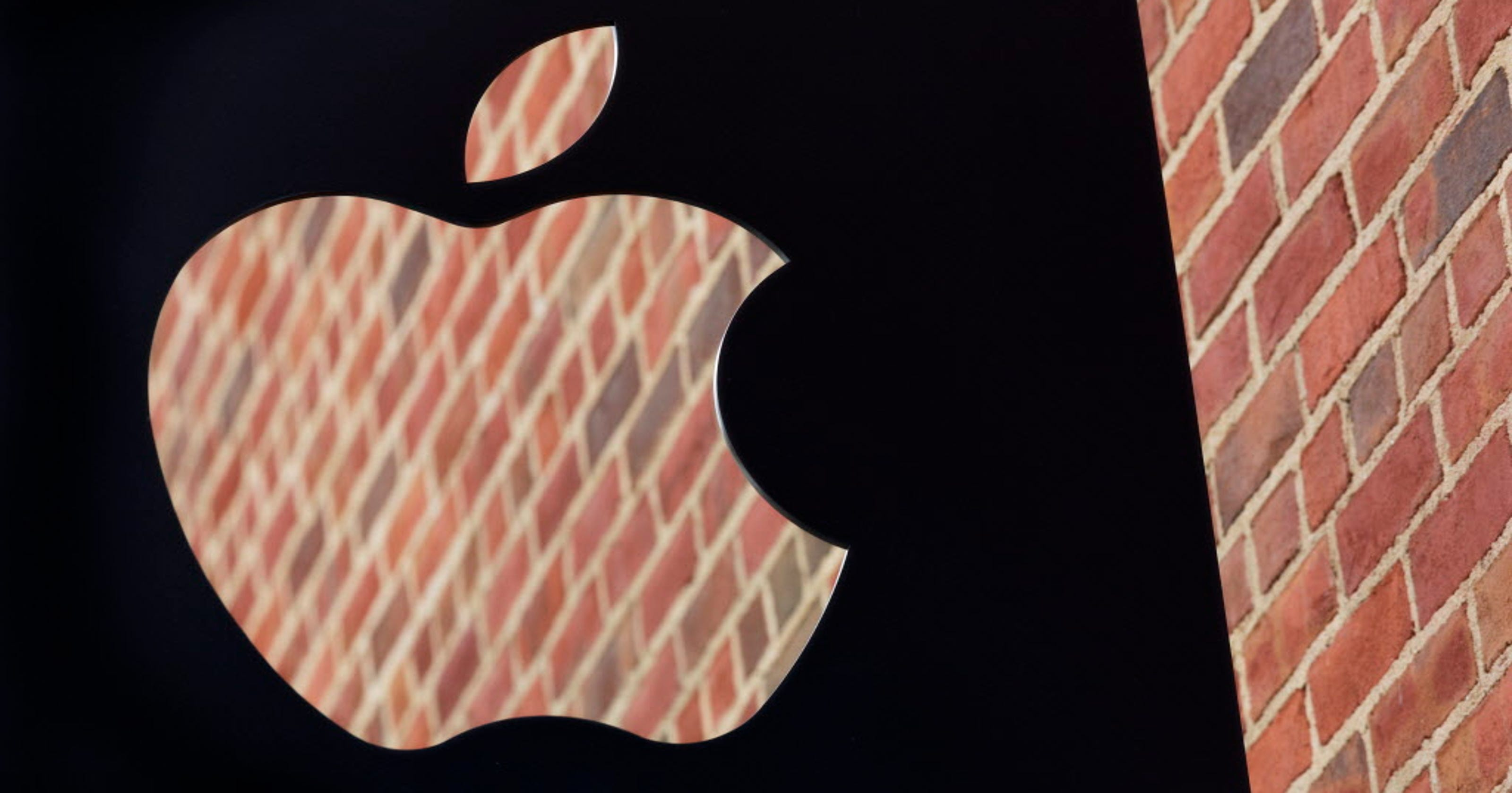 Apple Stock On Fire From Samsungs Flames