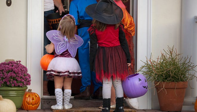 Know your Halloween safety tips.