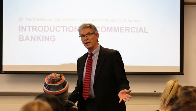 Professor Kent Belasco introduces Marquette University students to a new program aimed at producing the next generation of bankers.