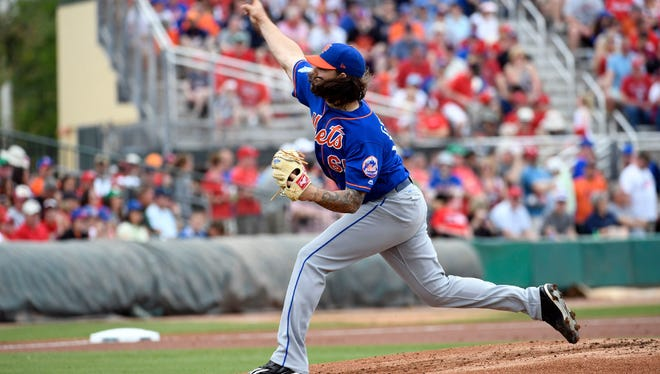 Robert Gsellman pitching against St. Louis on Saturday.