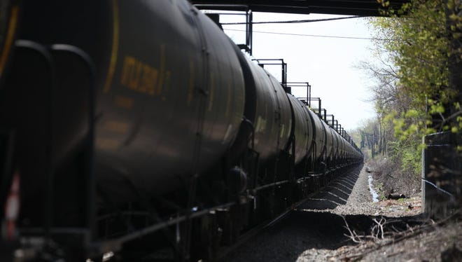 Oil trains idling in Teaneck.