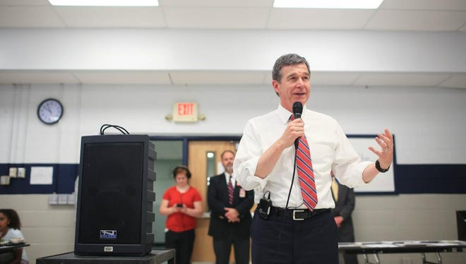 """North Carolina Governor Roy Cooper attended the United Way's """"Homework Diner"""" on Tuesday evening at Enka Middle School.  Cooper attended the event as part of National Volunter Week in North Carolina."""