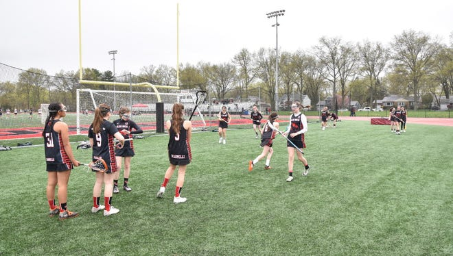 Glen Rock topped Ramsey, 13-10, for its seventh win this season.