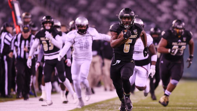 From 2016: Paramus Catholic senior Rb Jon Clark runs for a touchdown in the state final against St. Peter's Prep.