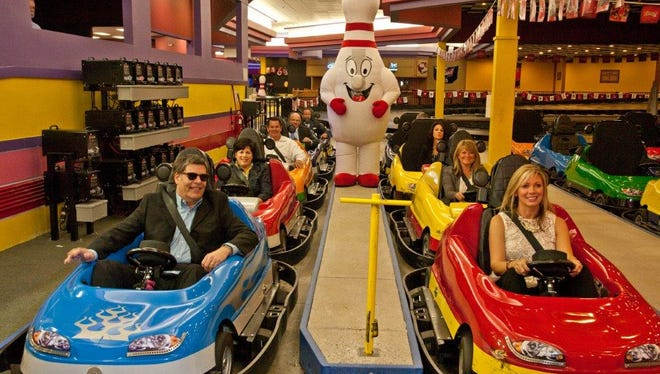 Insiders receive $10 off family fun passes at Holder Family Fun this holiday season.