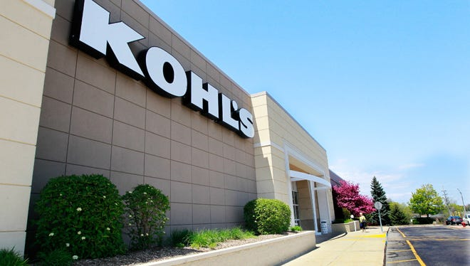 Kohl's Corp. earnings fell in the third quarter despite improved sales at established stores.